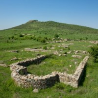 Bulgarian Archaeologists Start Excavations of Ancient Thracian City Kabile near Yambol