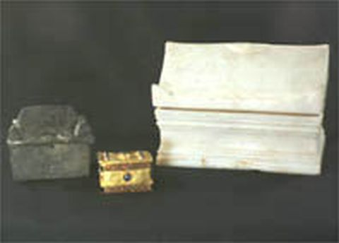 The three reliquaries - a marble, silver, and gold one – containing the relics of an unknown Christian saint found in 1915-1919 by Czech-Bulgarian archaeologists Karel and Hermann Skorpil in the Early Christian monastery in Varna's Dzhanavara area. Photo: archaeologist Alexander Minchev, varna-bg.com