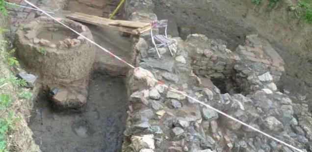 Archaeologists in Bulgaria's Sapareva Banya Unearth Roman Villa Graves of Child, Man Likely Killed in Hun Invasion