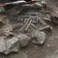 Bulgarian Archaeologists Find Tall Medieval Man's Skeleton in Vratitsa (Gradishte) Fortress near Vratsa