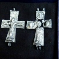 Bulgarian Archaeologists Show Lead Cross Reliquary, Lead Icon Found in Medieval City Missionis (Krum's Fortress)