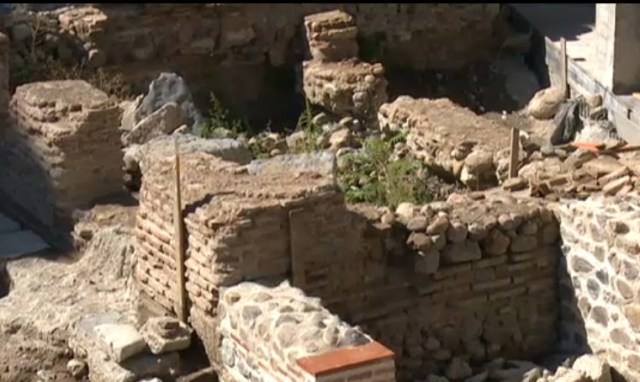 Part of the Roman ruins from Ancient Serdica will be exhibited under glass domes. Photo: TV grab from News7