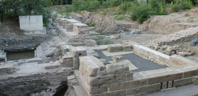 4,000 Tourists Visit Aquae Calidae – Thermopolis Archaeological Preserve in Bulgaria's Burgas in Week after Opening