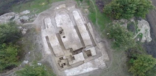 Archaeologists Find Upsilon, Swastika Signs in Ancient Bulgar Aul in Northeast Bulgaria