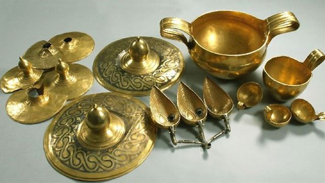 The Valchitran Gold Treasure found by accident in Northern Bulgaria in 1925 consists of 13 gold vessels with a combined weight of 12.5 kg. Photo: BNR