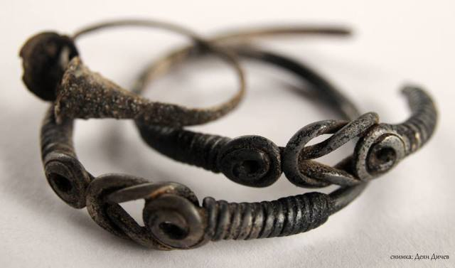 Silver decorations from the treasure containing bracelets, earrings, and coins, which has been discovered in the fortified residence of an Ancient Thracian ruler near Bulgaria's Brodilovo. Photo: Lead archaeologist Deyan Dichev / Tsarevo Municipality Facebook Page