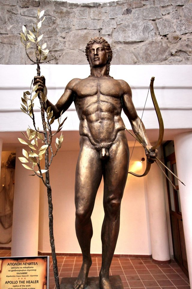 A human-sized replica of the Colossus of Apollonia Pontica, i.e. the 13.2-meter statue of Apollo the Healer which decorated the port of the Ancient Greek Black Sea city state of Apollonia, today's Bulgarian resort town of Sozopol. The Apollo statue was built ca. 480 BC by Athenian sculptor Calamis, remained at its original place for some 400 years, and was then taken as a war trophy to Rome where it stood for another 400 years. Two human-sized (1.6 meters tall) replicas of the statue were built in 2011 by Bulgarian sculptor Boris Borisov based on its images on coins minted by Apollonia Pontica. Photo: National Museum of History