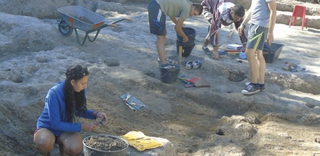 Archaeologists Discover 7,000-Year-Old Fortress Wall in Prehistoric Settlement near Bulgaria's Hotnitsa