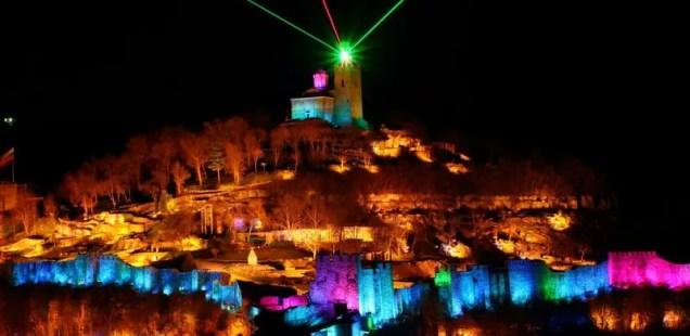 Bulgaria's Veliko Tarnovo to Modernize Open-Air Audio-Visual Show of Tsarevets Hill Fortress