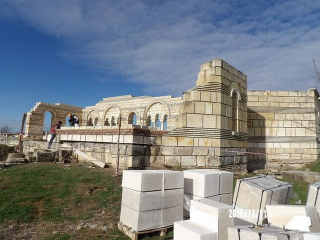 The archaeological restoration of the Great Basilica in Bulgaria's Pliska, the largest temple in Europe between the 9th and the 16th century, is expected to be completed by May 2016. Photo: National Museum of History