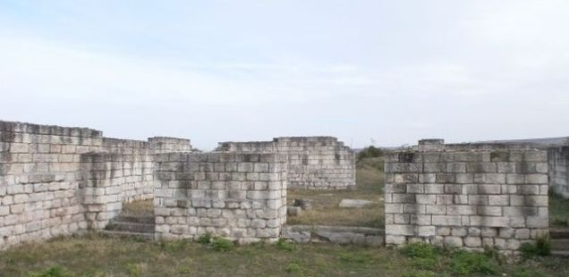 Late Roman Fortress Iatrus near Bulgaria's Krivina to Be Managed by Tsvenovo Municipality as Cultural Tourism Site