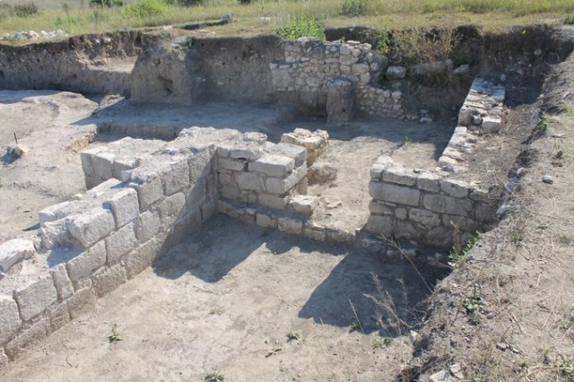 The ruins of the Ancient Roman and Early Byzantine city Zaldapa, Krushari Municipality, in Northeast Bulgaria. Photo: Krushari Municipality