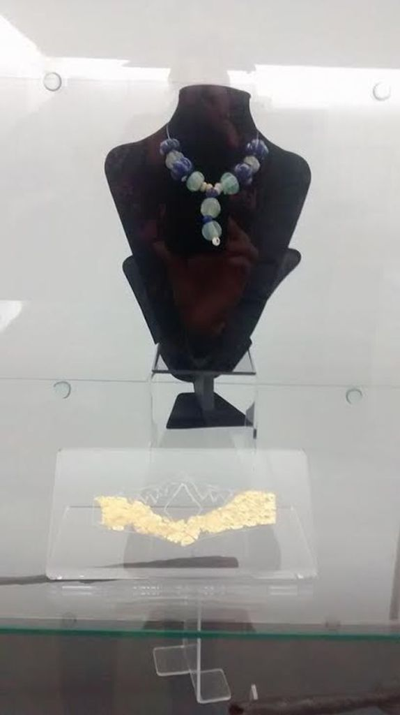 The newly restored Ancient Thracian golden breastplate with colorful glass jewels from the Ancient Thracian necropolis in Bulgaria's Radomir Municipality. Photo: Pernik Municipality