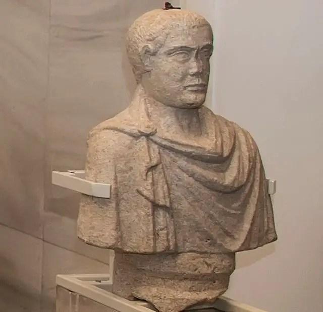 Roman Statues 6
