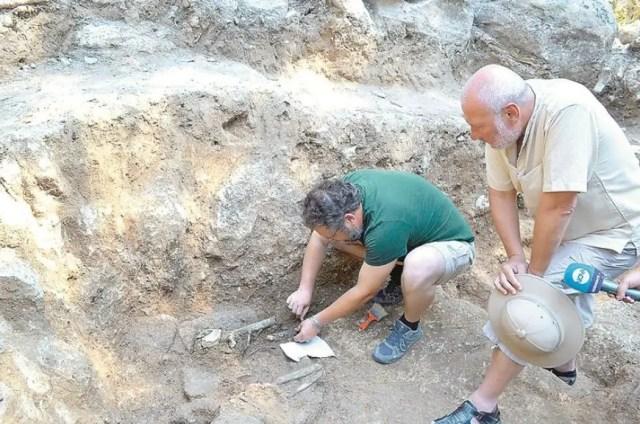 Benkovski Thracian Rock Grave 2