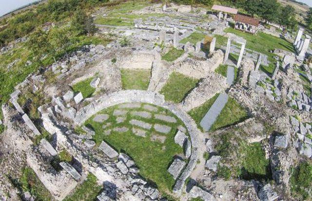 A view of part of the ruins of the Ancient Roman city of Nicopolis ad Istrum near Bulgaria's Veliko Tarnovo. Photo: Yantra Dnes daily