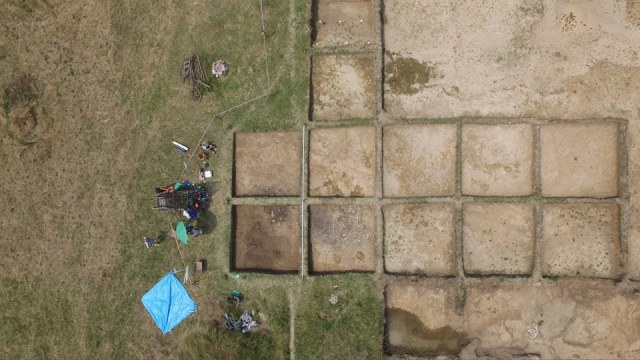 An aerial view of the 2016 summer excavations at the Ohoden Early Neolithic Settlement near Bulgaria's Vratsa. Photo: Vratsa Regional Museum of History