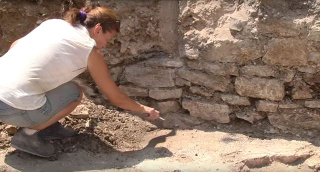 The mosaic used to decorate the main hall of a rich Roman Era home. Photos: TV grabs from InfoZ