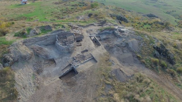 The latest archaeological discoveries confirm that Rusocastro was a very important fortress in the High and Late Middle Ages. Photo: Kameno Municipality / Burgas Regional Museum of History