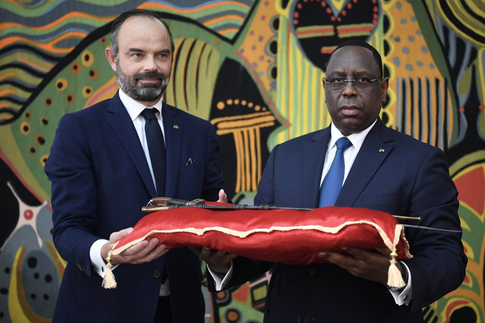 France Returns to Senegal Sword of Anti-Colonial Ruler, Islamic Scholar Omar Saidou Tall