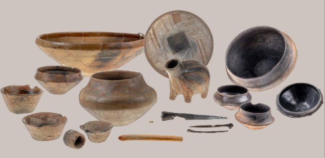 6,500-Year-Old Full Set of Vessels, Including Zoomorphic One, Gold Bead from World's Oldest Found in Prehistoric Settlement Mound near Bulgaria's Pomorie