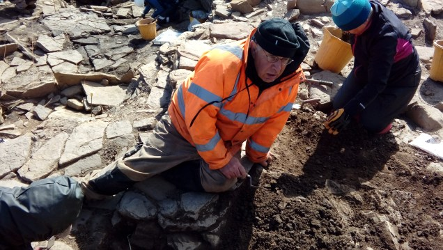 Colin and his team in Structure B north, the paving is to Colin's left