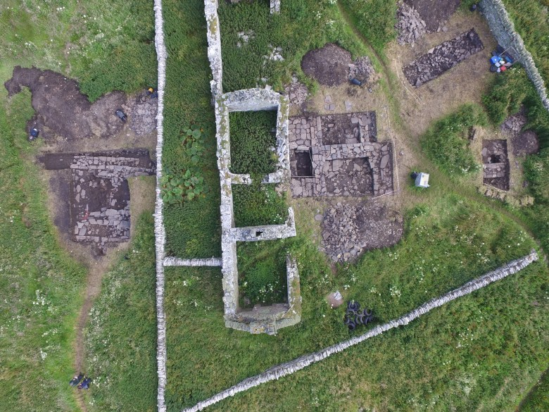 An overhead view of the Skaill farmstead excavation in 2019, showing the Norse hall on the left. (Bobby Friel)
