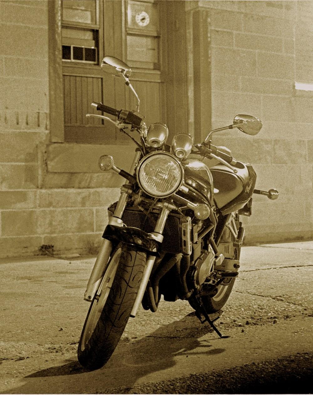 medium resolution of small motorcycle fuse box
