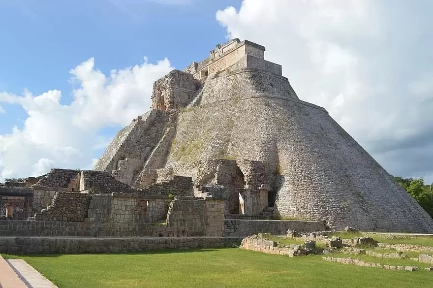 Aztec Architecture | Ancient World | ArchArticulate