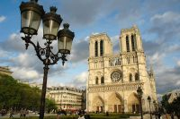 [分享 share] 巴黎聖母院大火:馬克龍稱將籌款重建大教堂