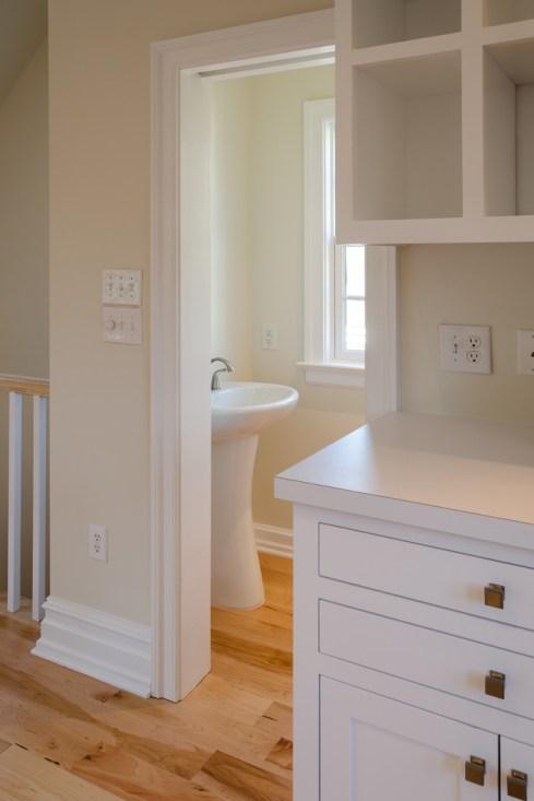 Pedestal sink in half bath