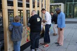 SchülerInnen des Erich Brost Berufskollegs / Servicefirma für interkulturelles Handeln unterstützten das Projekt