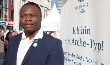 """Kevin Uguru, Essen """"Ich bin ein Arche-Typ, weil die Menschen in Essen interkulturell zusammenleben."""" Foto: Sonja Strahl"""