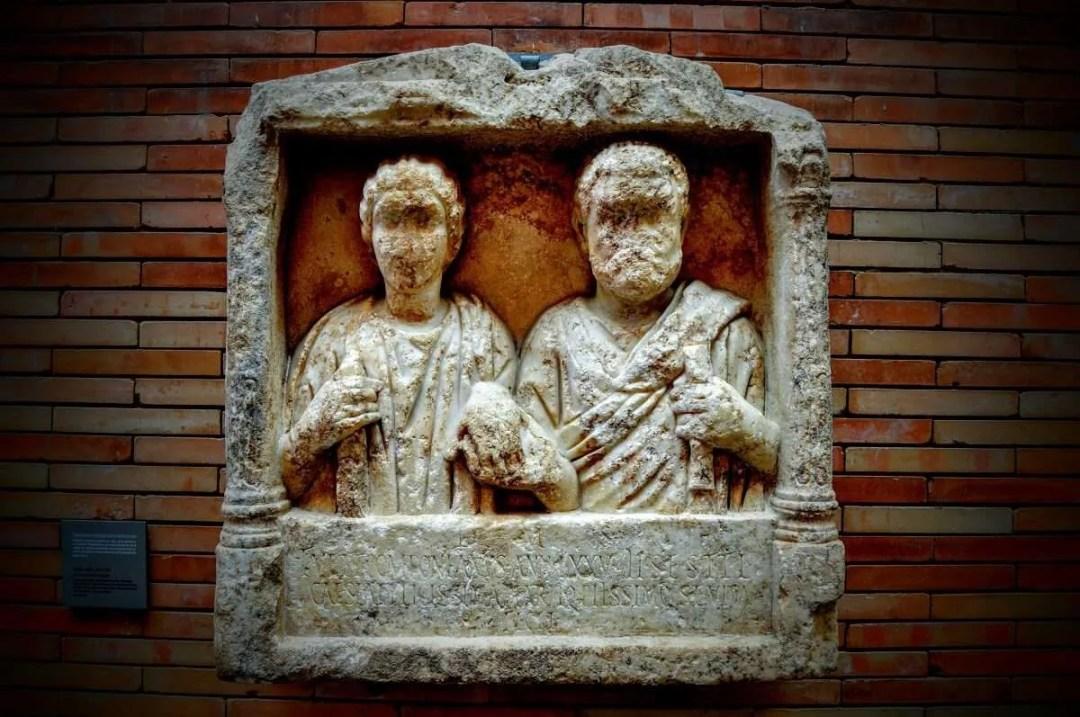 Augusta Emerita áreas funerarias