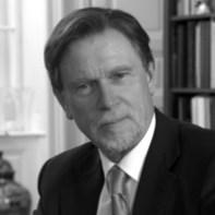 Archéologue Manfred Bietak