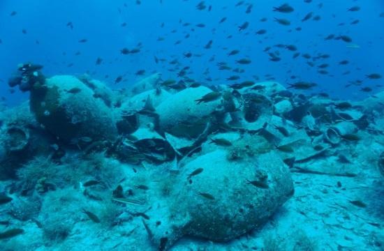 Découvertes d'épaves et des ruines submergées du port antique de Délos