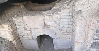 bains-sultans-turcs-mont-takkeli-anatolie-konya