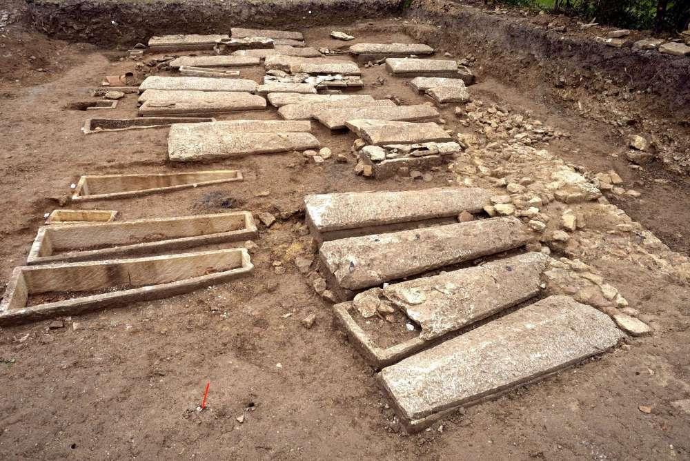 Nécropole mérovingienne fouillée à Muron, dans les Charentes-Maritimes