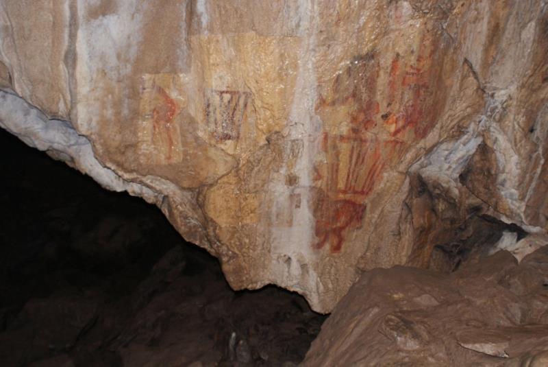 Peinture paléolithique d'un chameau identifiée dans une grotte de l'Oural
