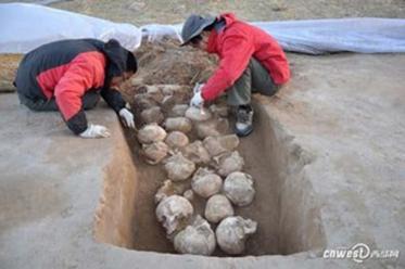 fosse-sacrificielle-site-archeologique-neolithique-shimao-chine