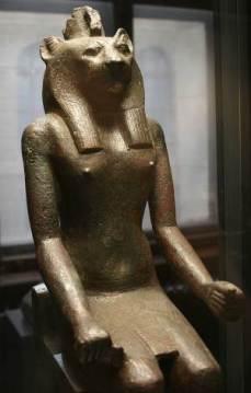 mahes-bronze-XXVIe-dynastie-naturhistorischen-museum-vienne