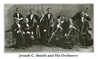 Band close up in September 1923 Brunswick supplement (Archeophone Records Collection)