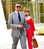 NEW YORK, NY - APRIL 03: Alex Rodriguez and Jennifer Lopez leave the Solow Building on April 3, 2017 in New York City. (Photo by James Devaney/GC Images)