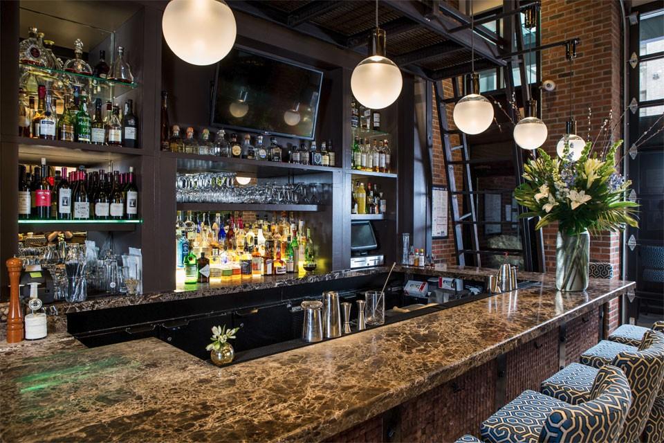 Midtown Manhattan Bars  Foyer Bar at Archer New York Hotel