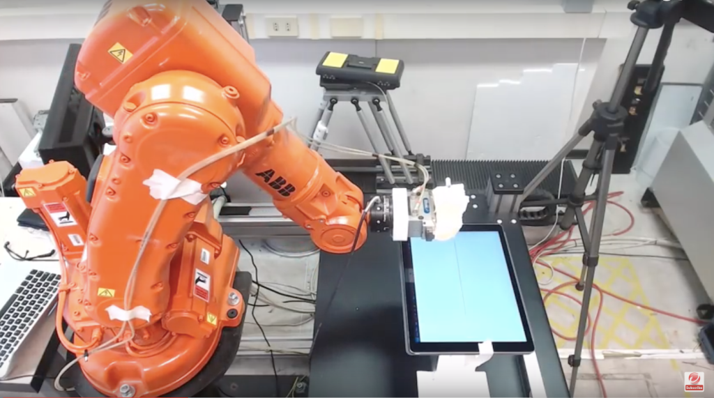 Researchers hack an industrial robot arm