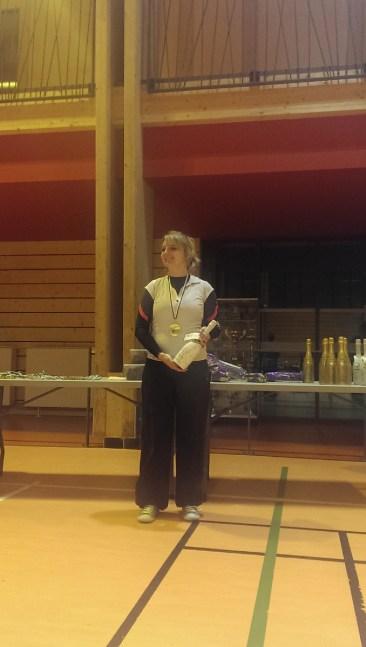 Maguy de Cachy de Cachy Championne Dptale Senior avec record en prime! Bravo!