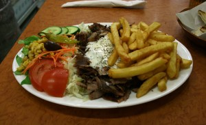 Plate_with_Gyros_Vegetables