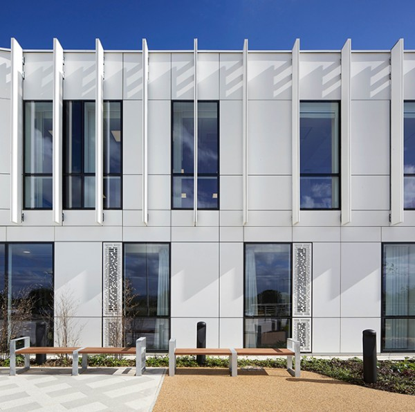 Over 1,000 square metres of Corian® in Glacier White has been applied for an  open-jointed façade using a           Keil fixing system. Supplied by CDUK, the Corian® façade was made and installed by Unique Fabrications.