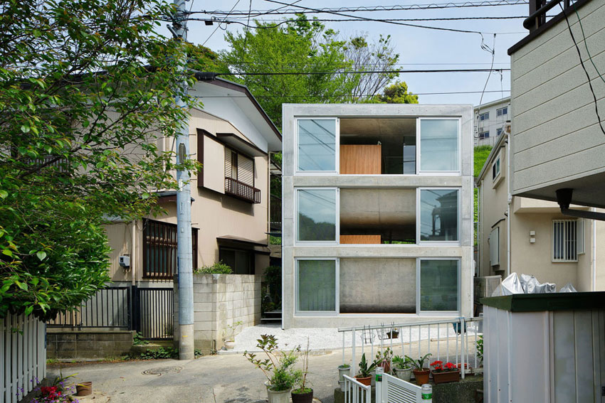 House-Byoubugaura-Takeshi-Hosaka-Architects-feature