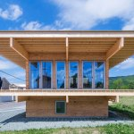 Hat H House in Hokkaido / Jun Igarashi